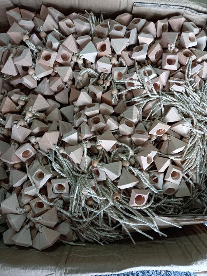 Nắp gỗ chai tinh dầu treo xe thủy tinh 8.5ml